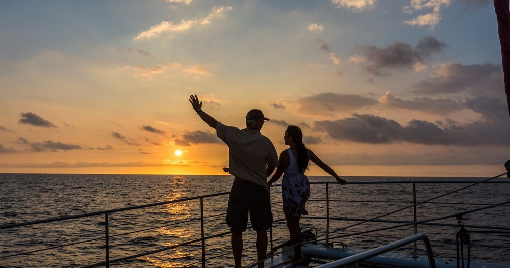 Product Sunset Sail & Manta Snorkel
